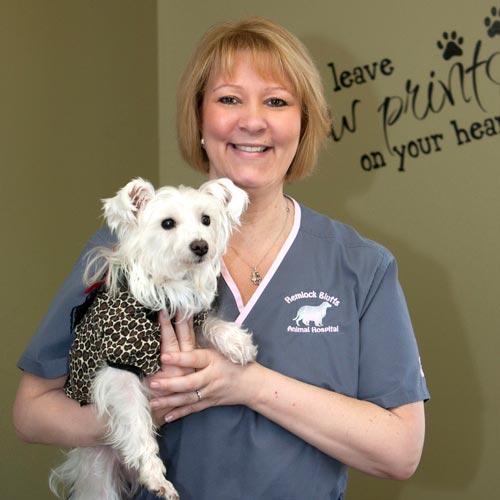 Kim, Veterinary Support Staff